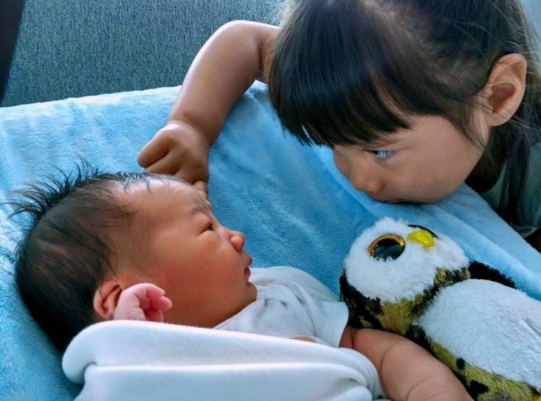 Isa is fascinated by her big sister, Eva. Here they share some important bonding after Eva brought one of her favorite owls to share with Isa.