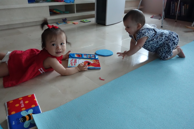 Isa and Noor went after the same toys all afternoon.